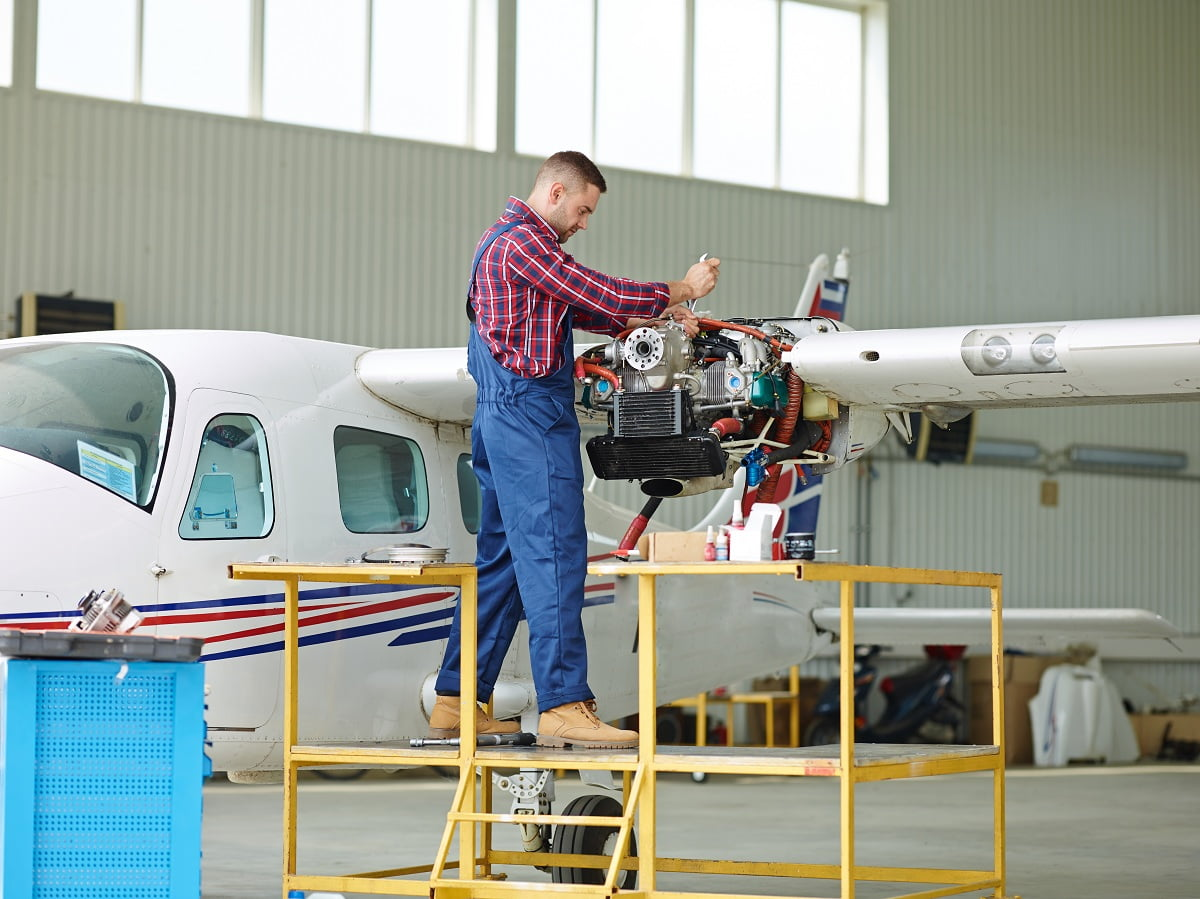 Σπούδασε Μηχανικός Αεροσκαφών στις Σχολές Ωμέγα!